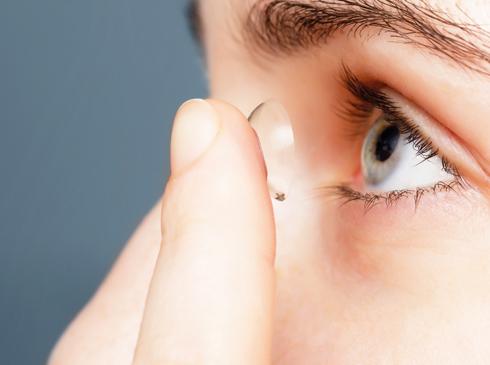 Contact-Lense-1